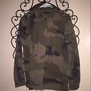 Kendall & Kylie Camouflaged Trench Coat